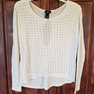 Rue21 Keyhole detail long sleeve shirt top